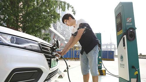 日媒称全球车企积极迎合中国电动汽车浪潮:必须抓紧商机