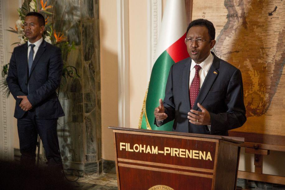 马达加斯加总统埃里宣布辞职