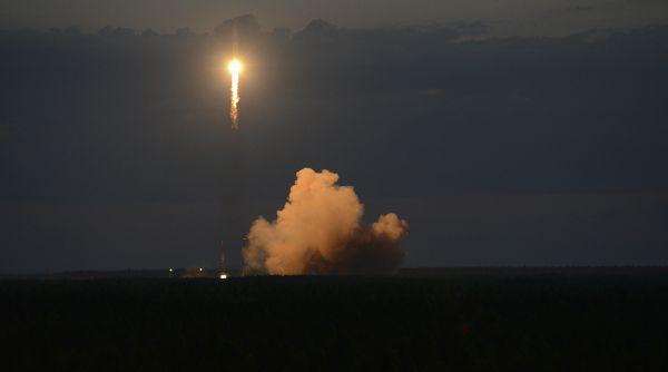 法防长斥俄搞太空间谍活动:俄卫星反常靠近法军通讯卫星