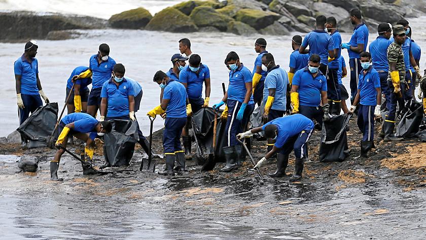 斯里兰卡海域发生石油泄漏事故