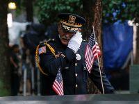"""悼念遇难者:美国""""9·11""""恐怖袭击事件17周年"""
