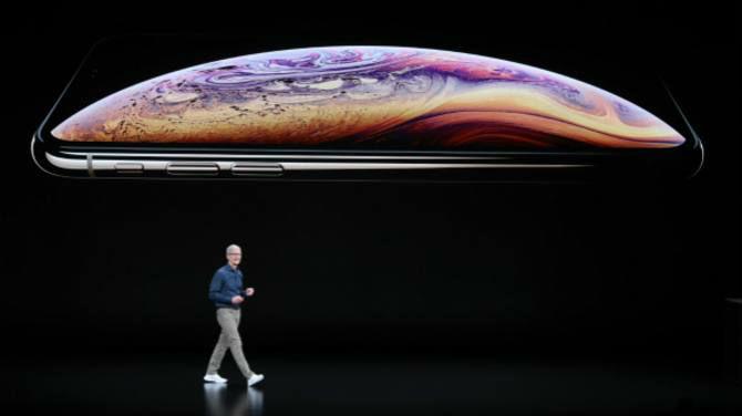 """外媒称苹果发布迄今最大iPhone:用大屏""""拼""""中国市场"""