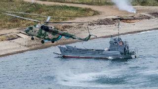 俄海军在日本海举行大规模演习 法媒:引日本担忧