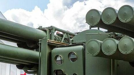 """向无人防空技术迈进?俄展示""""革命性""""地空导弹系统"""