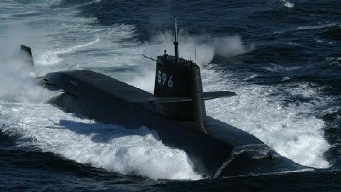 日潜艇赴南海秘密训练 中方回应:敦促域外国家应慎重行事