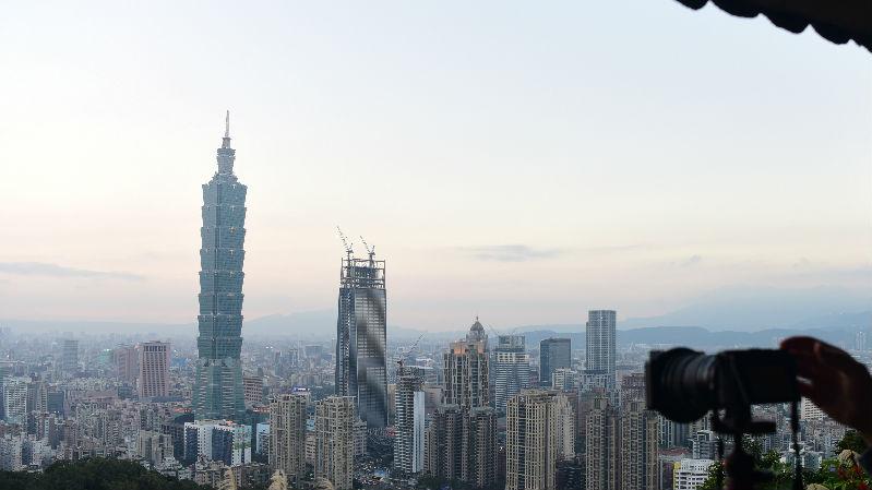 台湾民众西进意愿创新高 支持统一民众首超维持现状者