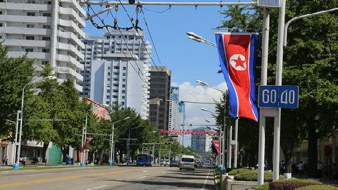 台媒从朝鲜海报中看玄机:朝鲜开始拼经济 平壤大规模招商