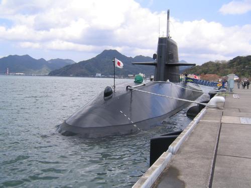 日本潜艇南海搞演习,算盘打得很清楚!