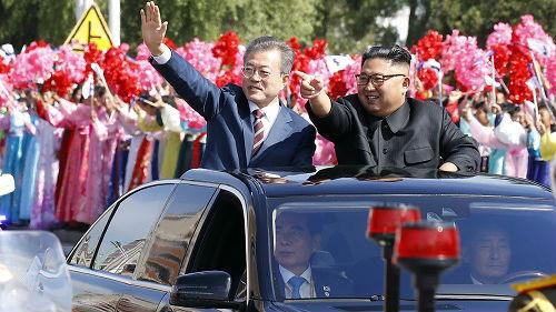 """韓媒:金正恩承諾與韓方共建""""無核半島"""" 不久將訪問首爾"""