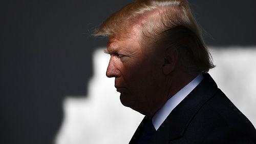 美媒:美民调显示过半美国人认为特朗普政府不称职