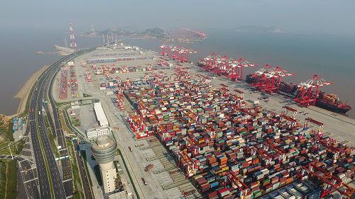 海外媒体:中国发布白皮书严正宣示对美贸易立场
