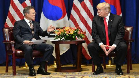 """美韩元首会晤磋商对朝政策:讨论二次""""特金会"""" 坚持制裁不放松"""