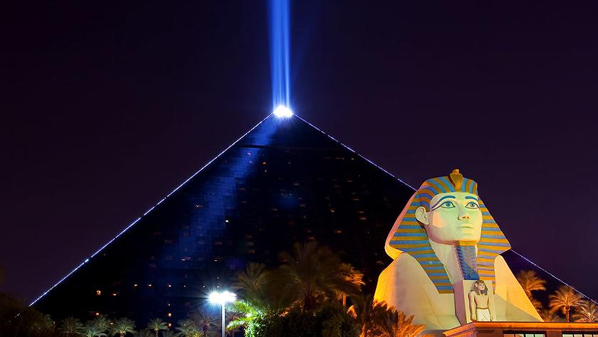 这10座奇特金字塔都不在埃及 竟然还有华裔设计师作品