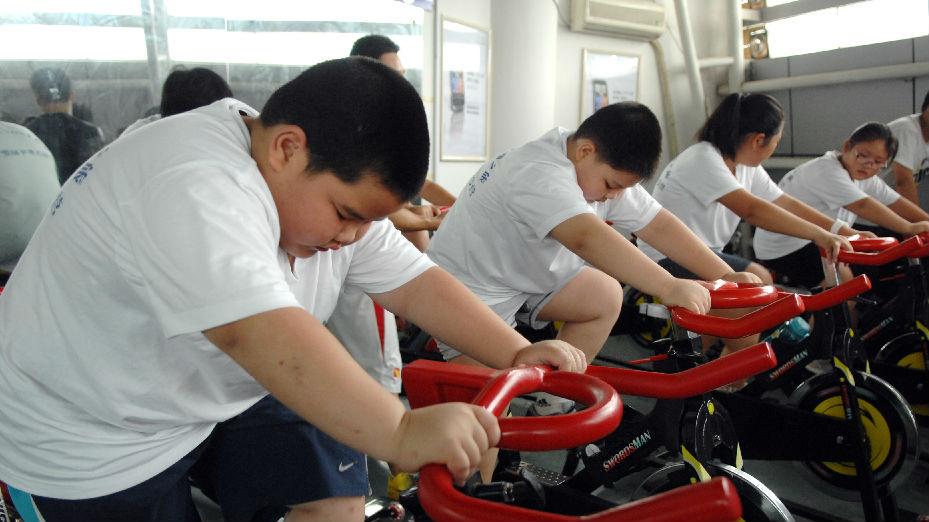 中国肥胖儿童越来越多 专家:饮食习惯不合理 课业负担太重