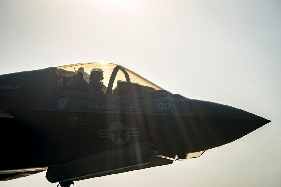 """美""""史上最贵""""战机F-35初次产生坠机变乱"""