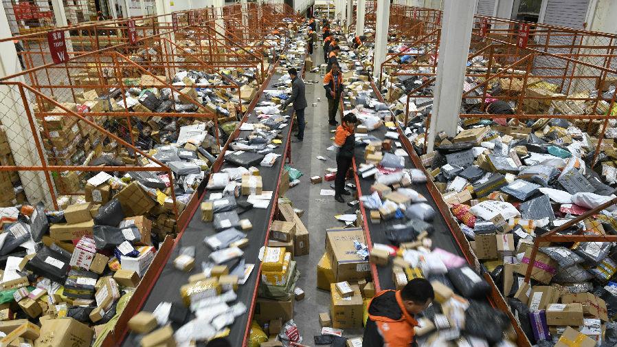 日媒称中国快递业涨价备战双十一:改善待遇争抢快递小哥