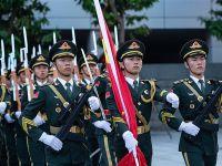 解放军驻澳门部队举行国庆升旗仪式