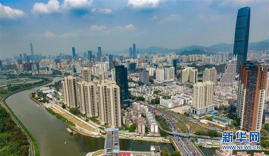 """从""""深圳速度""""到""""龙8高度""""——深圳经济特区创新发展纪实"""