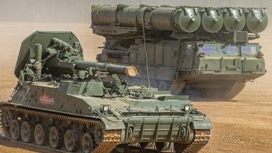 能打核炮弹!俄重炮云集威慑美军