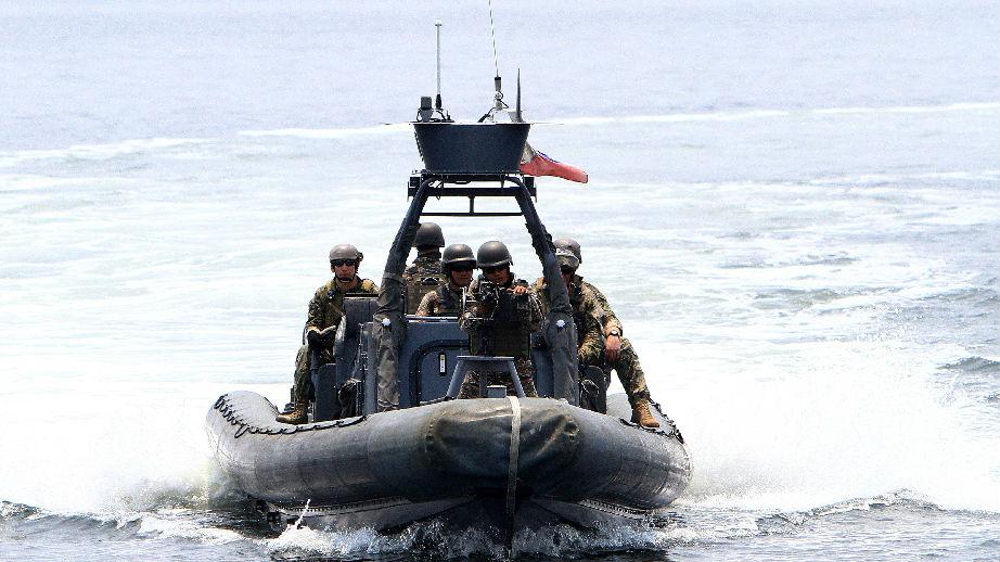 """外媒:菲律宾参加中国海上军演""""冷落美国"""""""