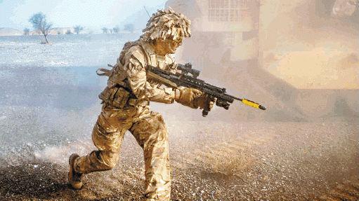 英陆军展开17年来最大军演 首次动用无人机剑指俄罗斯