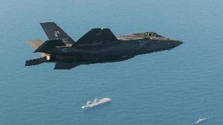 坠机事故暴露隐患 美军宣布全球范围停飞F-35