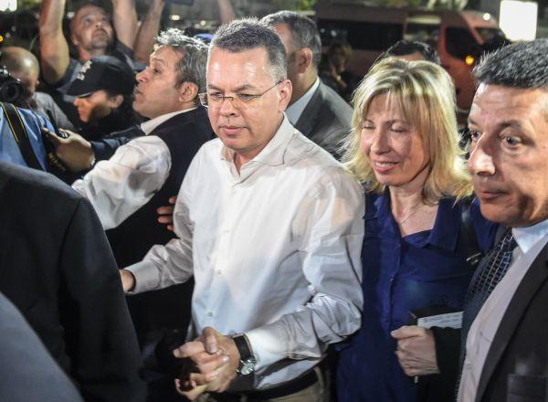 土耳其释放美国牧师 外媒称美经济大棒迫土让步