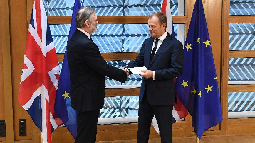 """外媒:英国脱欧谈判面临彻底破裂 英欧准备""""无协议分手"""""""