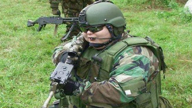 非常之一英国武士太胖!被指或给本身和战友形成伤害