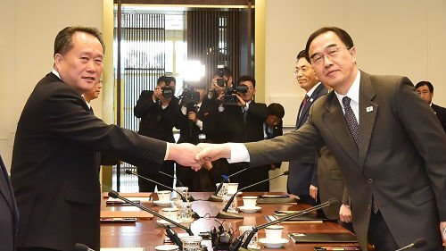 韩媒:美就韩朝铁路对接表态 对韩朝热烈氛围抱有警戒心