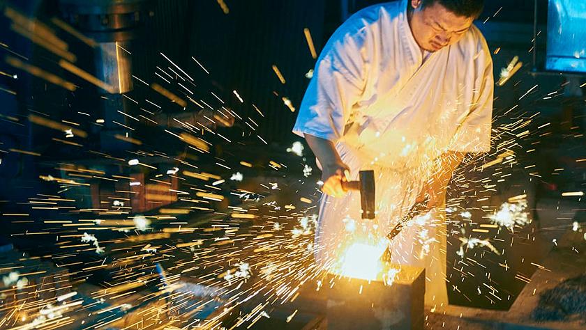 图片故事:一名日本铸剑师的日常