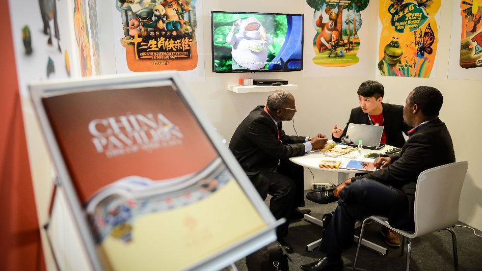 英媒稱中國正努力贏得非洲聽眾:比西方媒體更用心