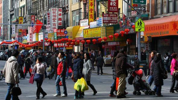华裔移民如何主导美国洗衣业?美媒讲述早期华裔移民艰辛往事