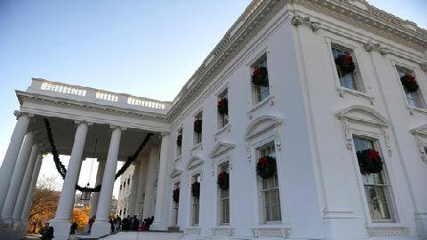 美媒称对华加税让美圣诞购物更昂贵:美民众或被迫缩减数量