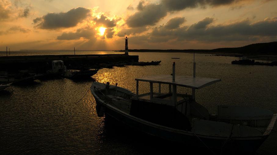 海外媒體:中方全程緊盯美艦穿越臺海 敦促美方慎重處理