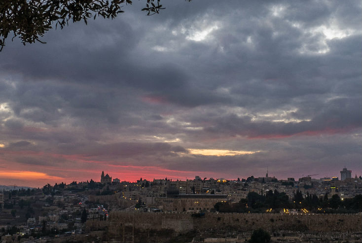 外媒:王岐山访问以色列增进双边友谊 两国关系正在升温