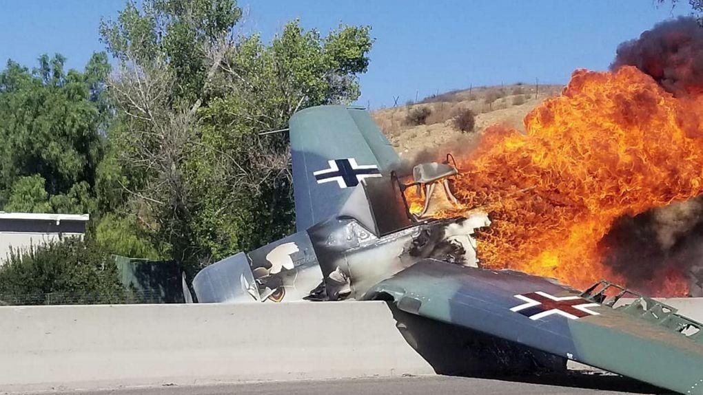 穿越时空?二战德国涂装机在美高速公路坠毁