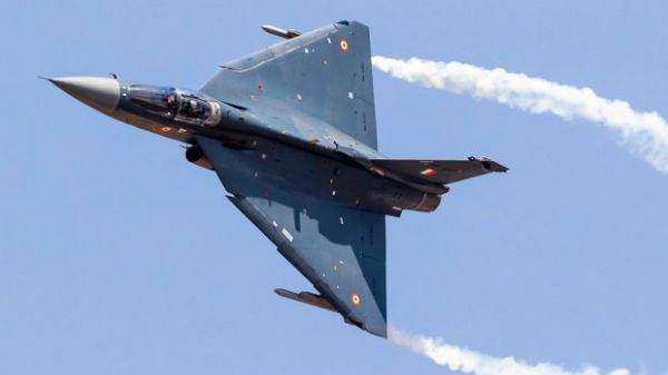 印军方强烈不满军机交付滞后 防务企业:战机被要求修改400次