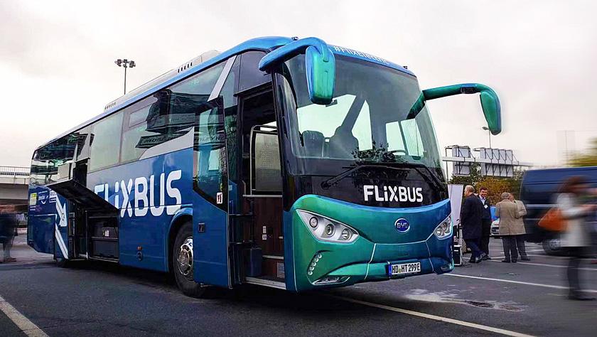 中国电动车为德国首条电动长途客运线路载客