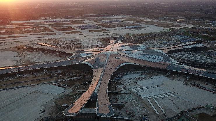 可目送亲友进登机口!港媒:北京新机场创新设计充满人情味