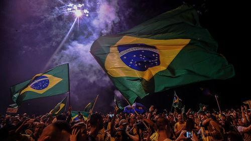 """""""热带特朗普""""当选巴西总统 外媒:拉美进一步向右转"""