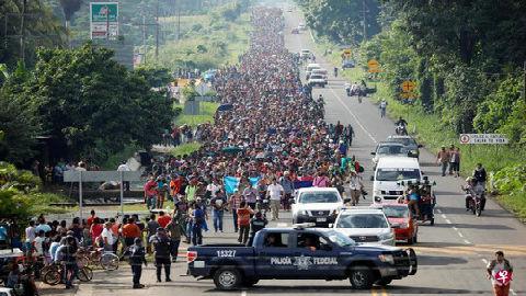 """中美洲移民为何赴美""""北漂"""" 外媒:暴力贫穷让人活不下去"""
