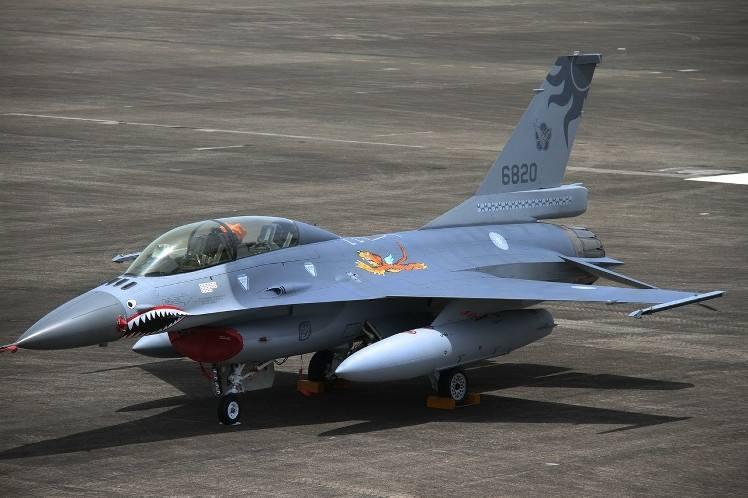 港媒:台湾翻新老旧F-16徒耗资金 仍落后于解放军战机