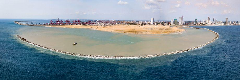 """高?#24605;际?#21161;力中国企业建设斯里兰卡""""未来之城"""""""
