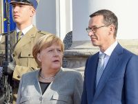 德国总理默克尔访问波兰
