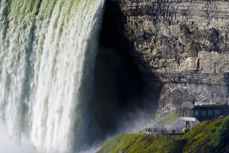 西媒评选世界十大最壮观瀑布:台湾龙山寺瀑布入选