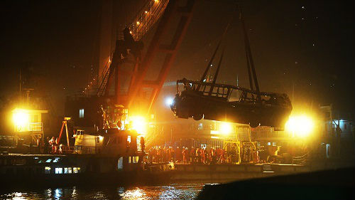 重庆公交坠江变乱引反思 英媒:英国维护司机宁静做法可鉴戒