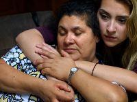 """图片故事:美国如何一步步驱逐这个""""未登记""""的家庭"""