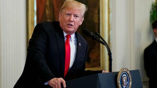 特朗普白宫记者会再怼CNN记者 怒吼:够了,放下麦克风