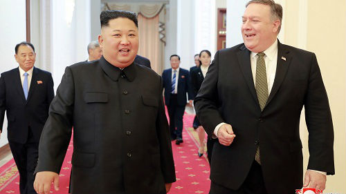 """朝鲜为解除制裁或调整外交战略 特朗普称无核化谈判""""不急"""""""